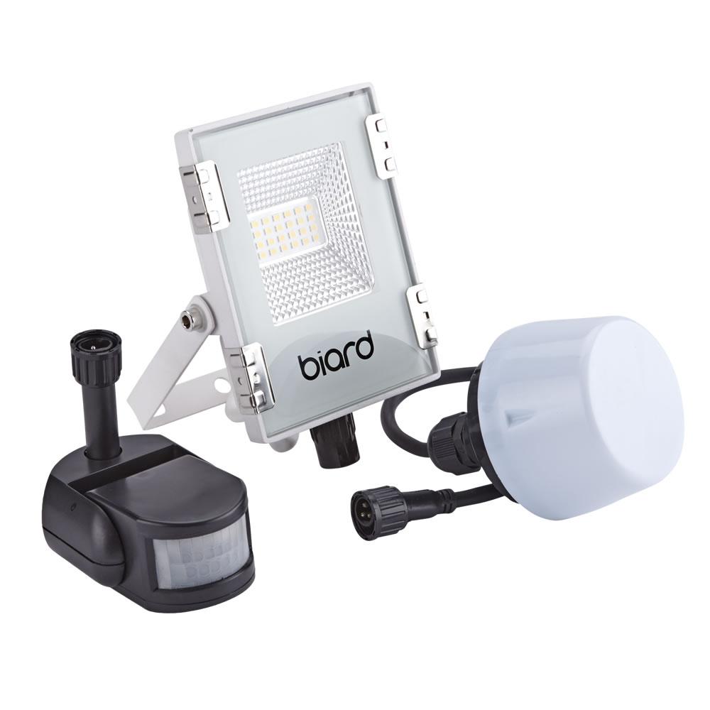 Biard Foco Proyector Plano Blanco 10W con Opción entre Sensor PIR o Sensor Crepuscular