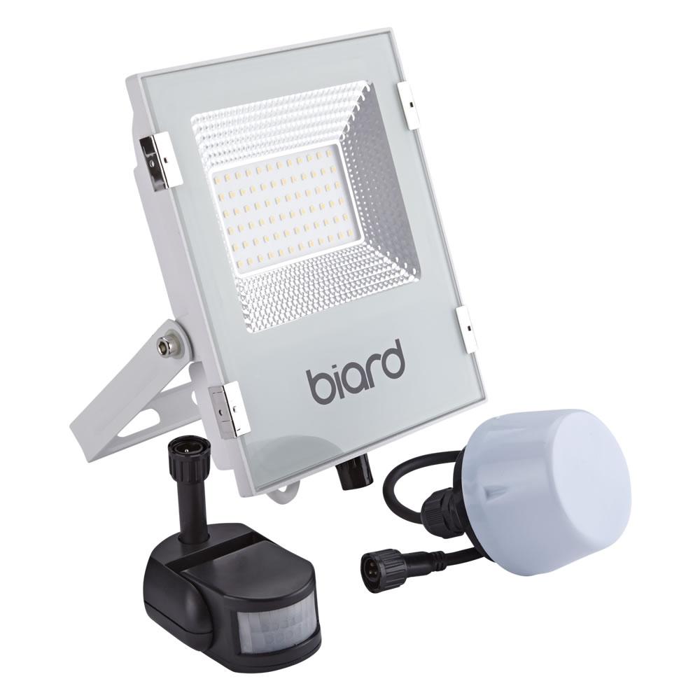 Biard Foco Proyector Plano Blanco 30W con Opción entre Sensor PIR o Sensor Crepuscular