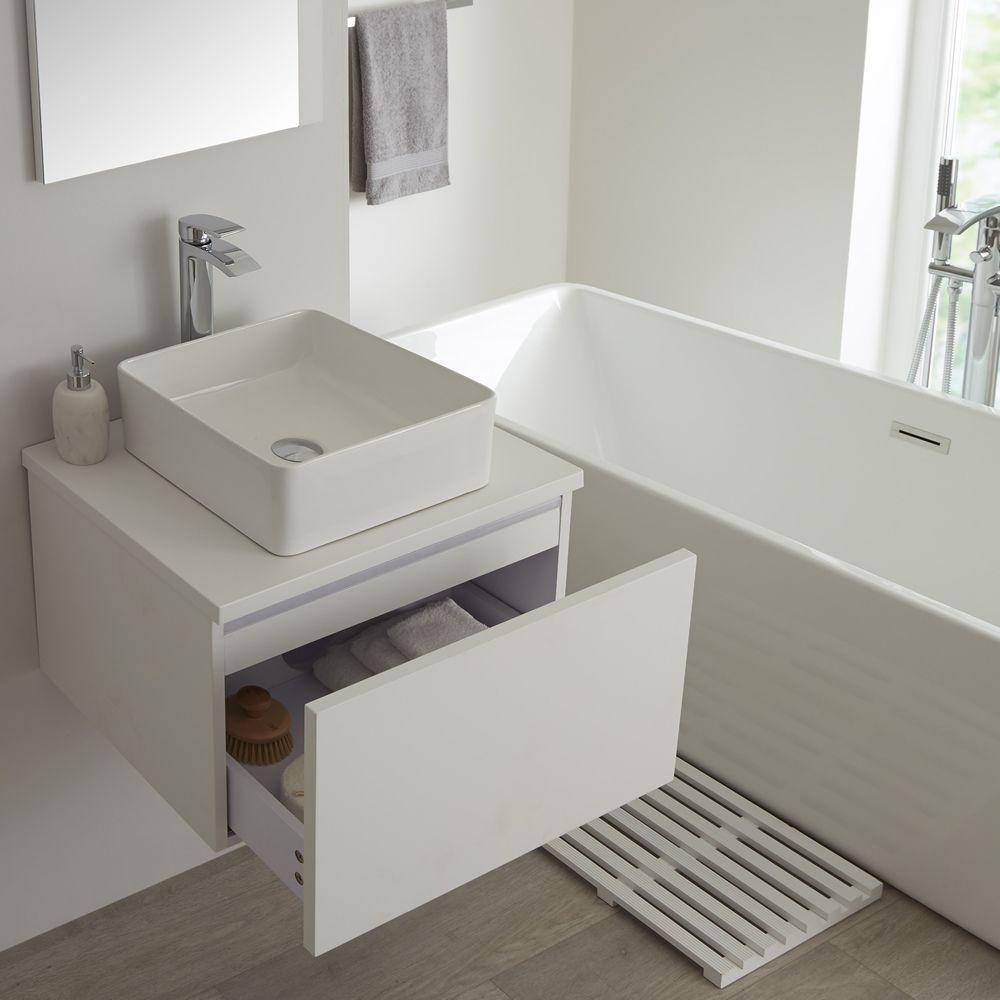 Mueble De Lavabo Moderno De 600mm De Color Blanco Opaco Con Lavabo De Sobre Encimera  Para Baño Disponible Con Opción LED   Newington