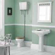 Conjunto de Baño con Inodoro WC con Tapa Cisterna Alta Suspendida y Lavabo de 560mm en Cerámica y Opción de Distintas Tapas de WC- Retro