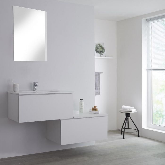 Mueble Base Mural Completo con Lavabo de Sobre Encimera de Color Blanco Opaco con Diseño Escalonado de 1400mm con Opción LED - Newington