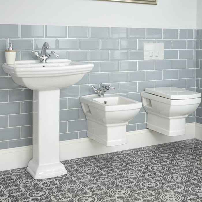 Conjunto Tradicional con WC y Bidé Suspendidos con Opción de Lavabos - Chester
