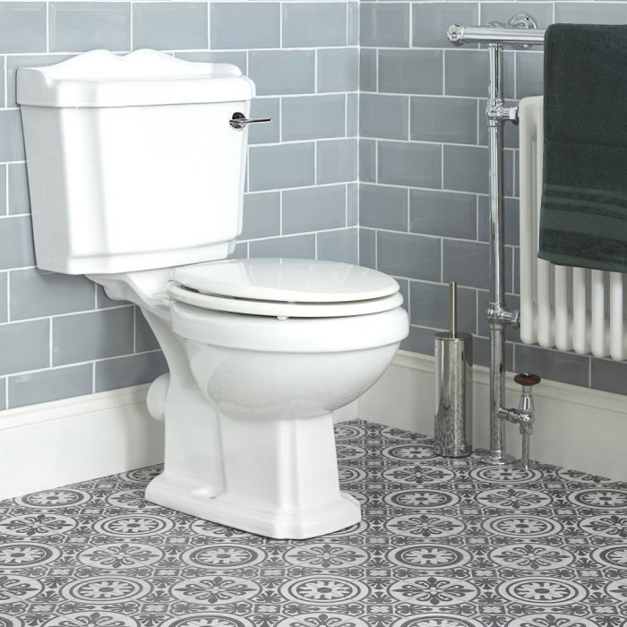 Conjunto para WC Clásico Completo con Inodoro, Cisterna con Salida Horizontal y Tapa - Legend