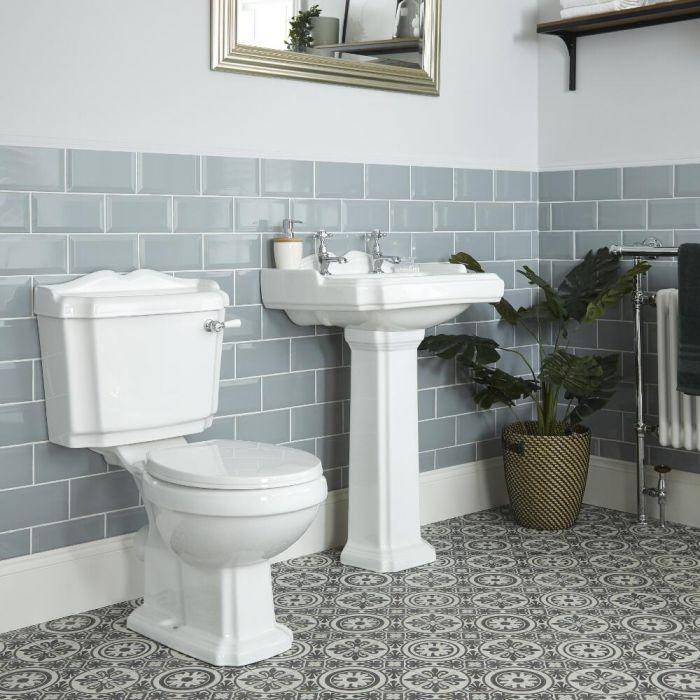 Conjunto de Baño Clásico Completo con Inodoro WC con Cisterna, Lavabo de 2 Agujeros  y Pedestal de Cerámica Blanca con Tapa de WC - Oxford