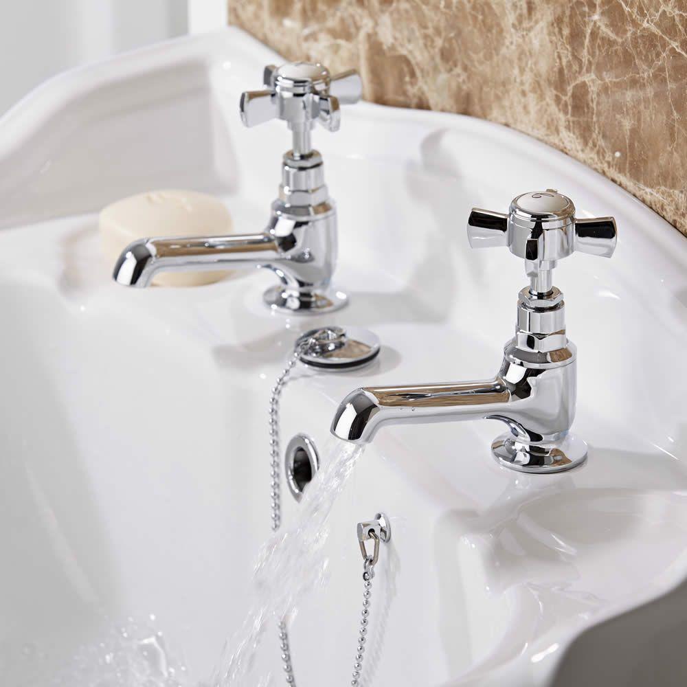 Grifer a de lavabo tradicional en lat n cromado victoria - Griferia de lavabo ...