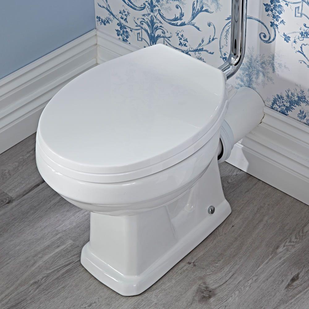 Inodoro wc tradicional en cer mica con cisterna alta y - Inodoro cisterna alta ...