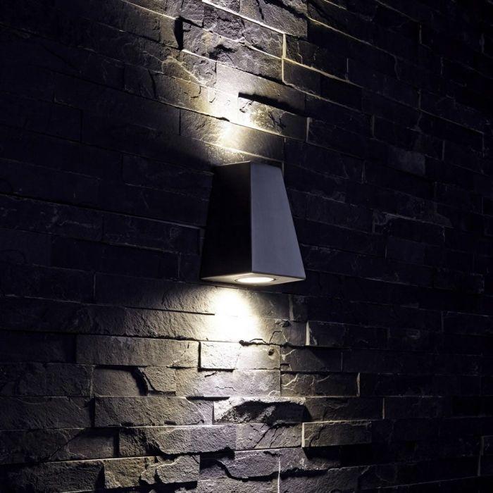 Apliqué de Pared Exterior Pirámide con Luz Bidireccional Color Negro