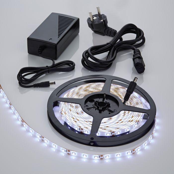 Tira de Luces LED de 5 Metros en Color Blanco Frío con Alimentación Eléctrica