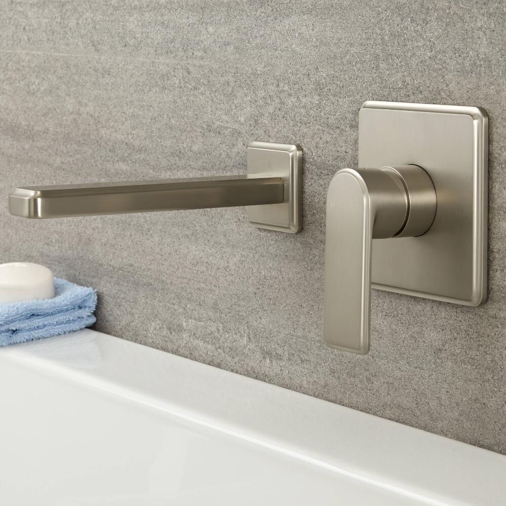 Mezclador Manual de 1 Función para Lavabo o Bañera de Color Níquel Cepillado y Caño - Aldwick